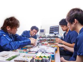 医療・工学両分野の広範な科目を組み込んだ授業体系