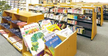 図書館の絵本コーナー